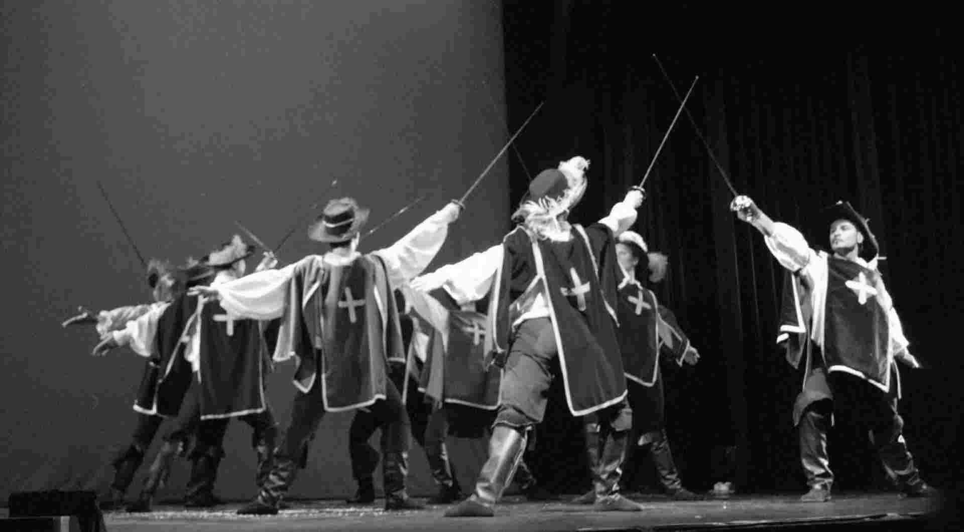 spectacle de mousquetaires de d'artagnan